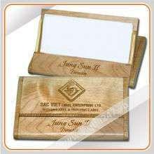 qua-tang-su-kien-tphcm-hop-dung-name-card-1