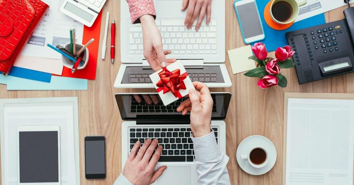 quà-tặng-doanh-nghiệp
